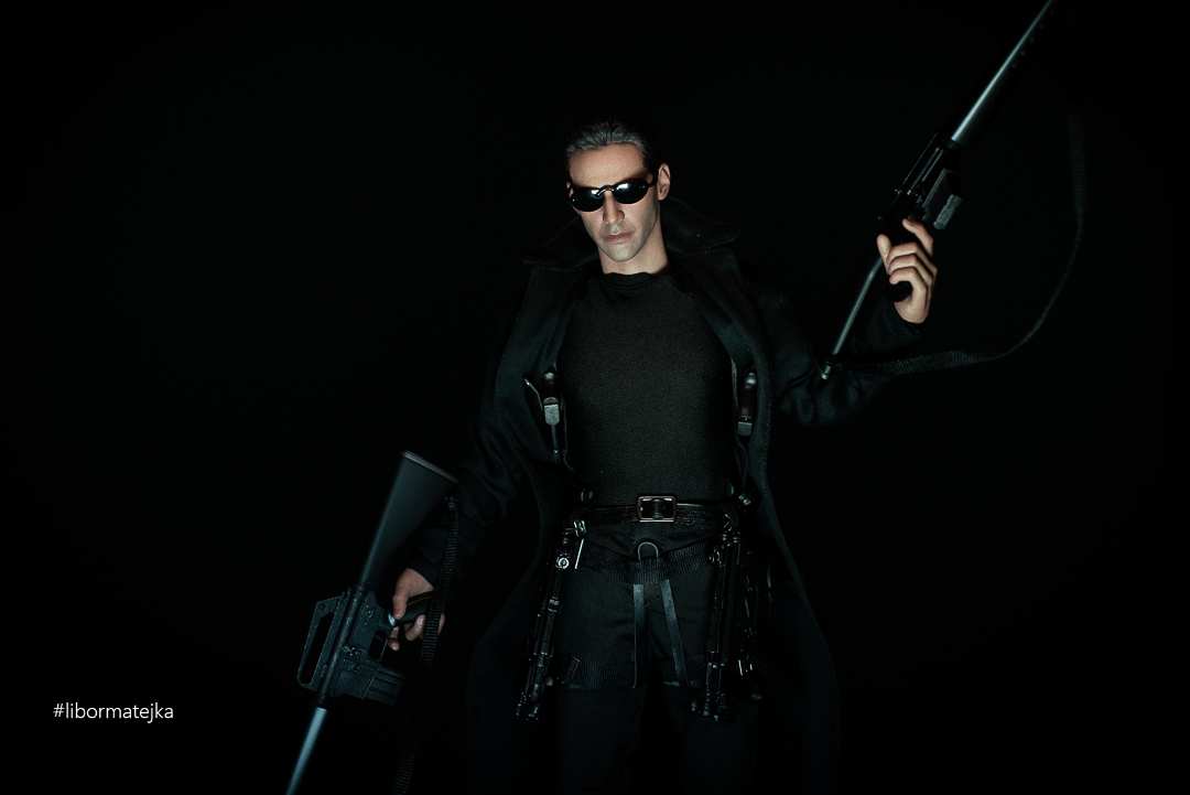 Neo – 1/6 Hot Toys Action Figure